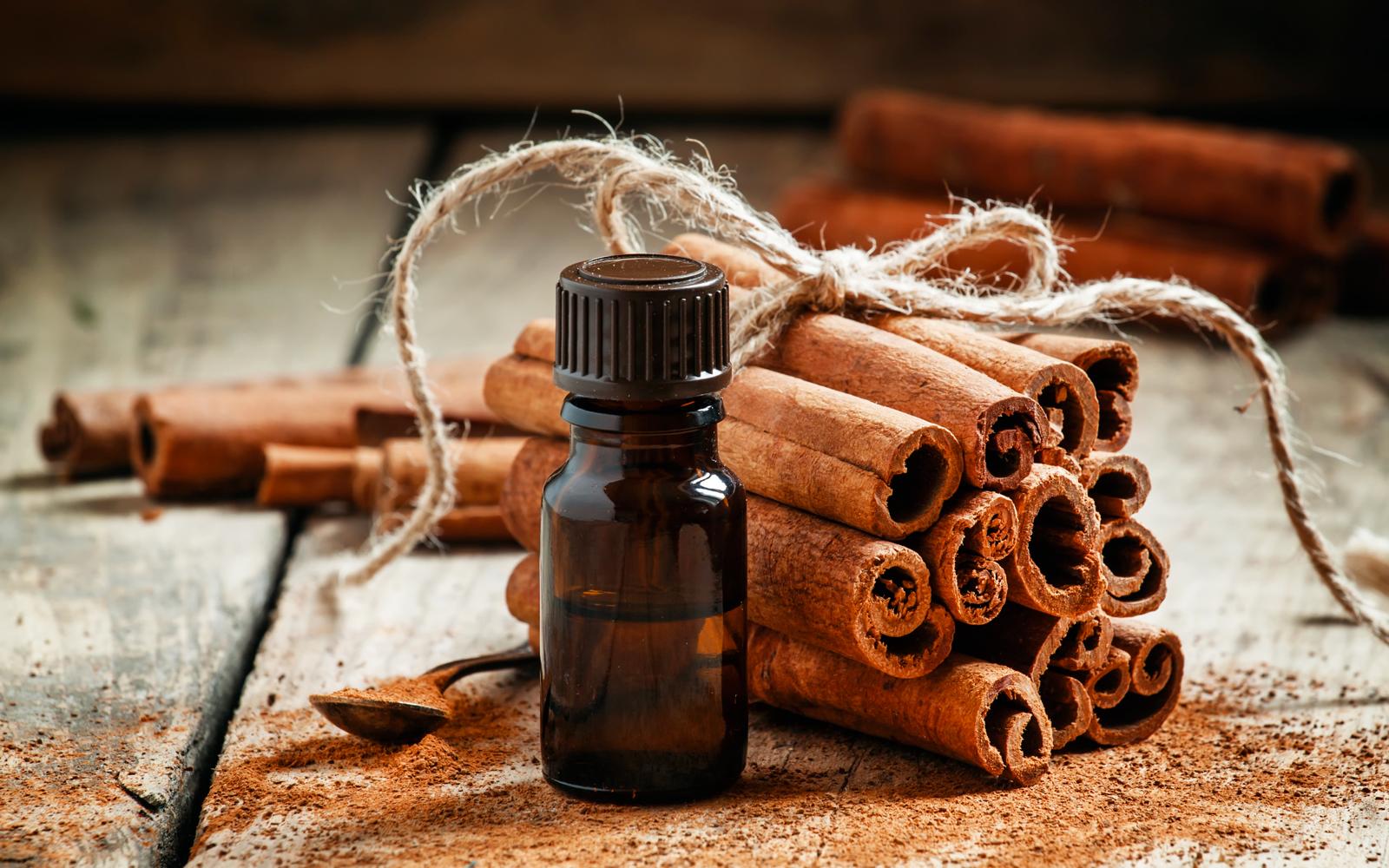 Olio Essenziale di cannella: Proprietà e utilizzi